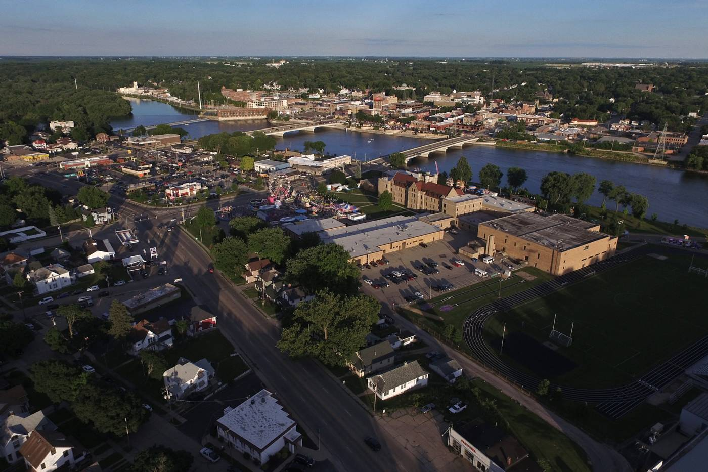 Dixon Illinois - Our Community